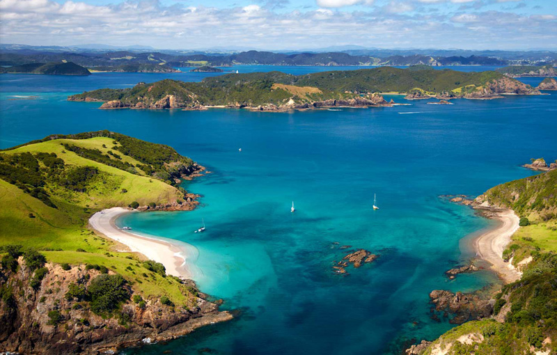 Bay of islands in new zealands