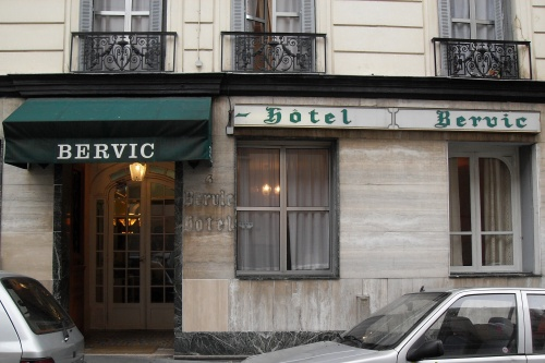 Budgted hotel in paris