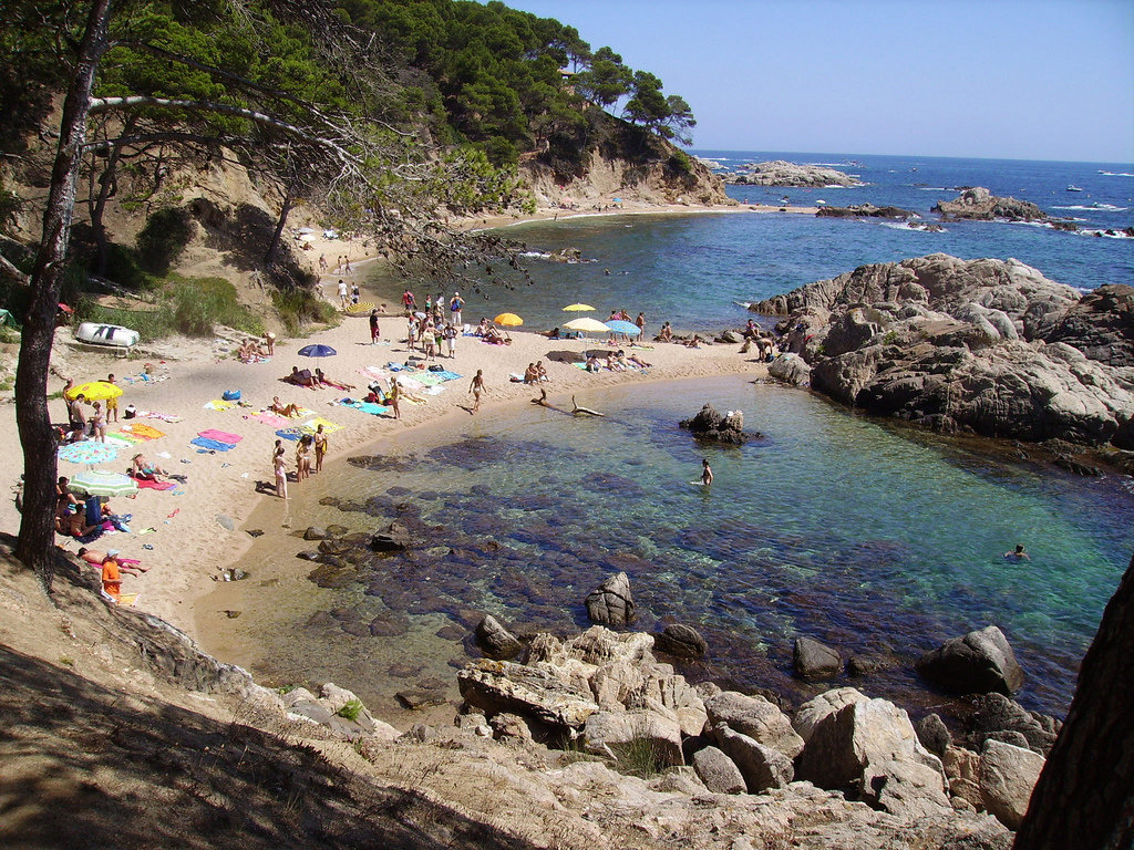 Places To Visit For Couples During Spain Trip Travelling Colors