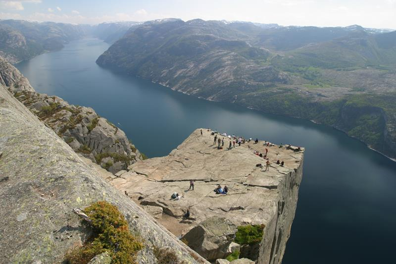 Pulpit rock preikestolen